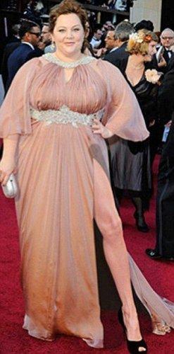 Фотожабы с ногой Анжелины Джоли