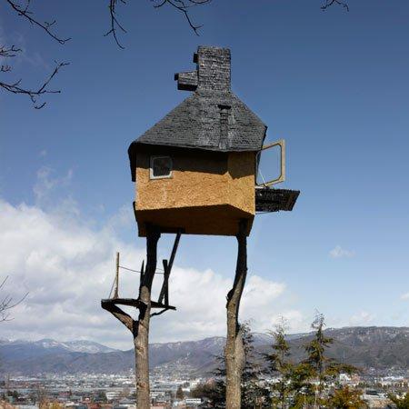 Прикольные дома на деревьях