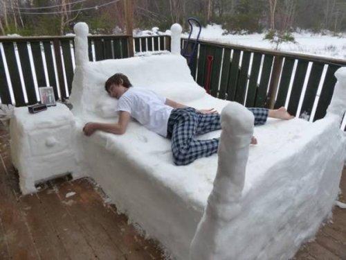 Самые прикольные снежные скульптуры