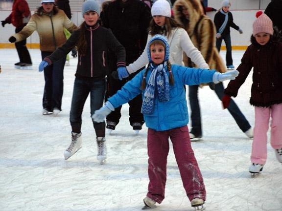 Зимние выходные. Как провести время весело и с пользой?