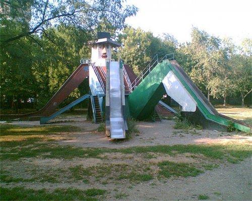 Жертвы ЖКХ - суровые детские площадки