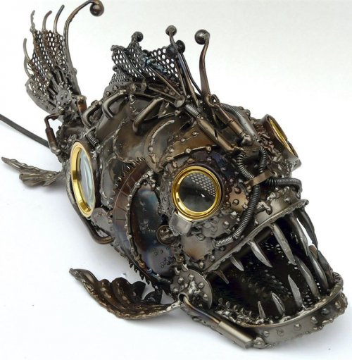 Оригинальные вещи из металла