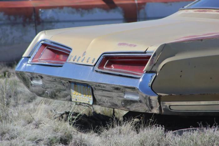 Автомобильная свалка в США