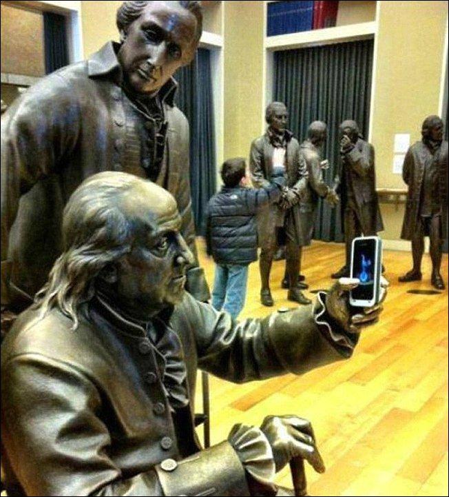 Как правильно фотографироваться с памятниками