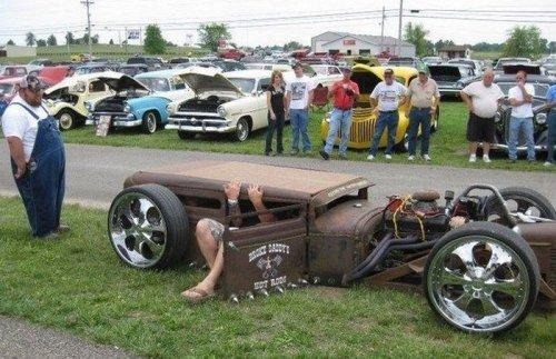 Автомобильный юмор в картинках