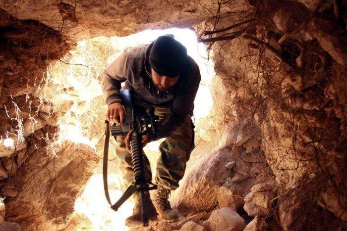 Убежища сирийских боевиков. Интересные фото