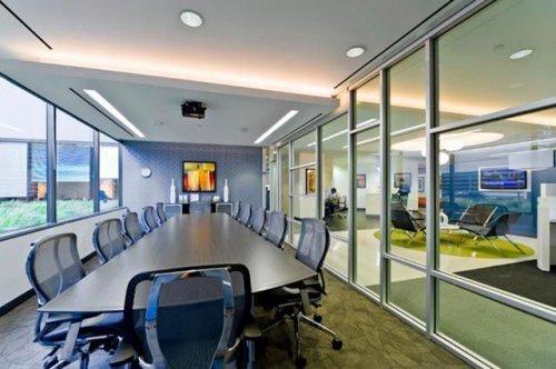 Залы заседаний крупных компаний. Интересное фото