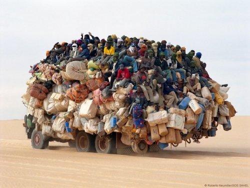 Сумасшедшие грузоперевозки. Картинки про транспорт