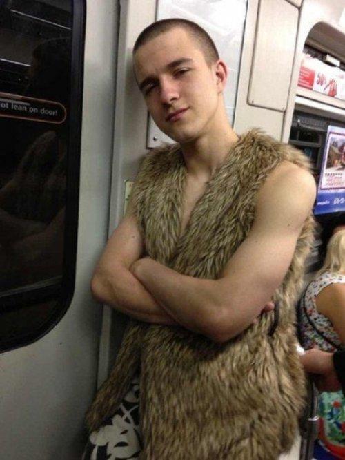 Ужасная мода посетителей питерского метро
