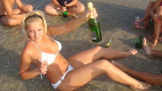 российская порнушечка с пьяными телочками