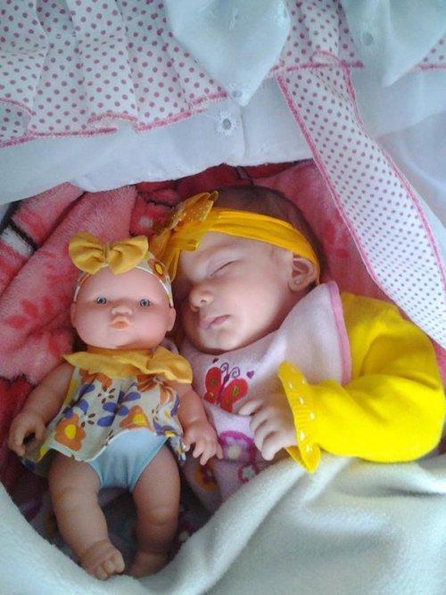 Дети, похожие на своих кукол