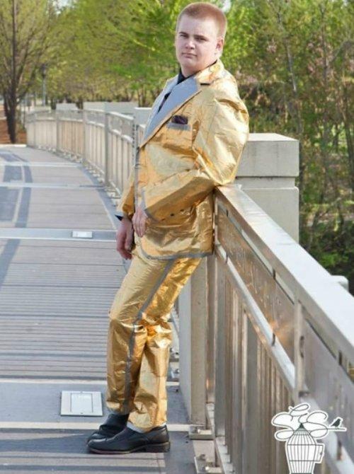 Смешные и сумасшедшие мужские костюмы