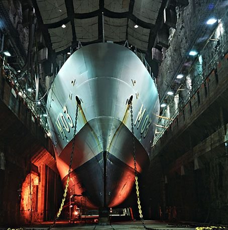 Базы подводных лодок. Интересные фото