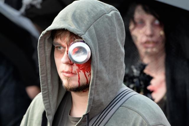 Фото с парада зомби