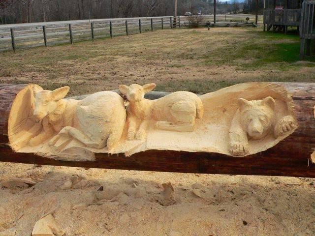 Красивые скульптуры из дерева