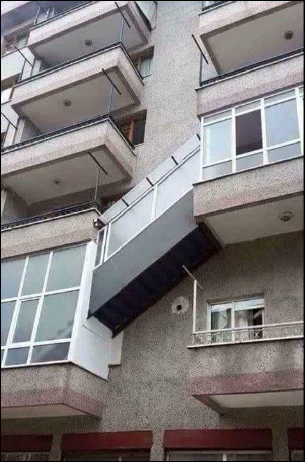 Шедевры горе-строителей. Смешные фото