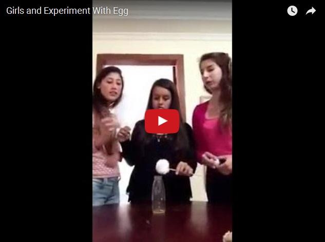 Три дуры пытаются провести эксперимент с яйцом в бутылке