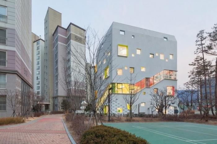 Разноцветный детский сад в Южной Корее. Необычная постройка