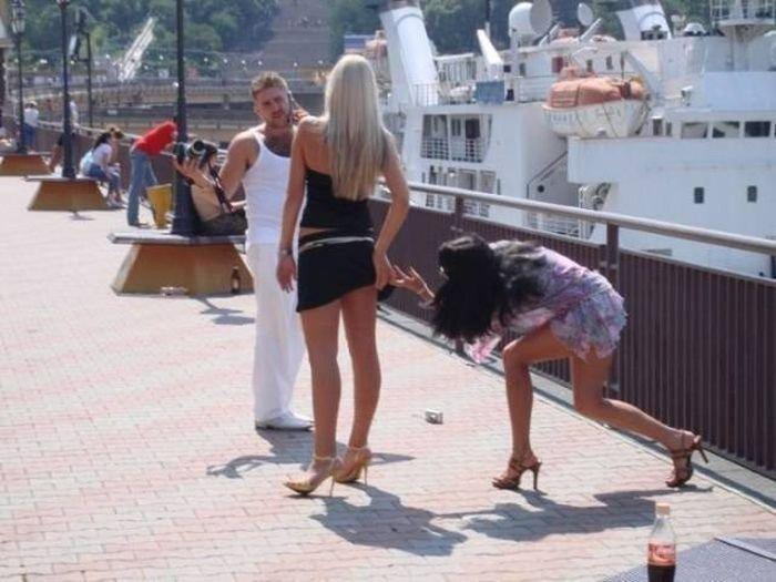 Приколы и смешные фото с девушками