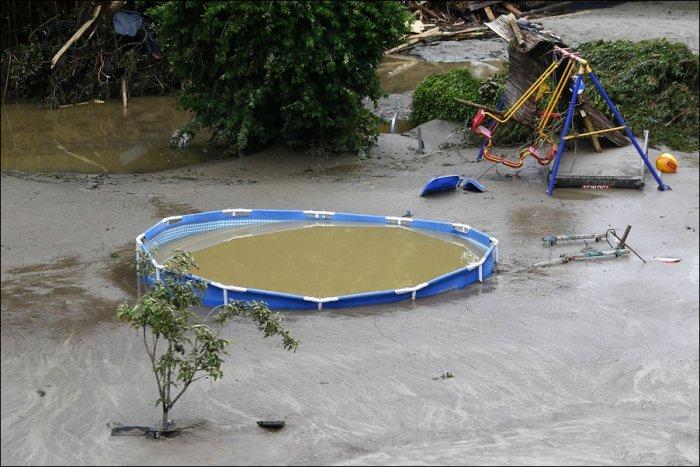 Последствия наводнения во Франции и Германии