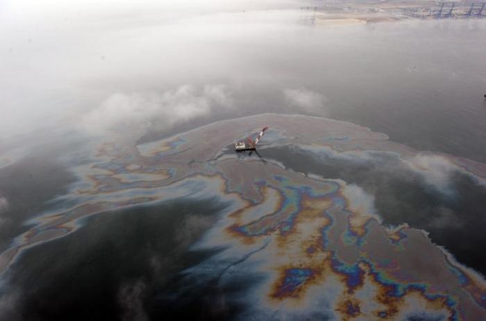 Разлив нефти в Китае. Ужасающие последствия