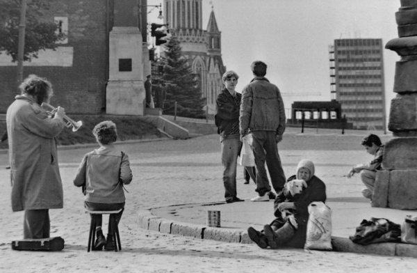 Фотографии московской жизни в лихие 90-е