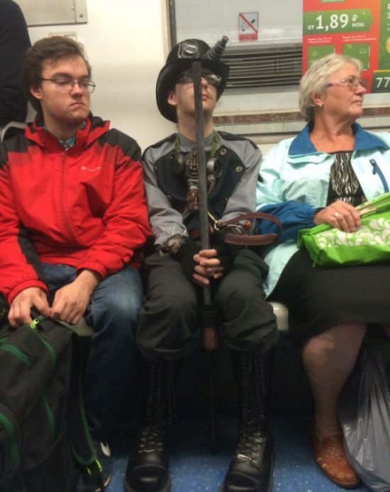 Модники в питерском метро. Путешествия по стране
