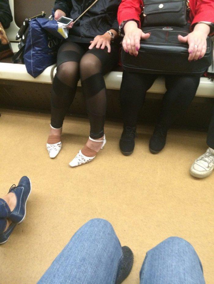 Модники и фрики в российском метро