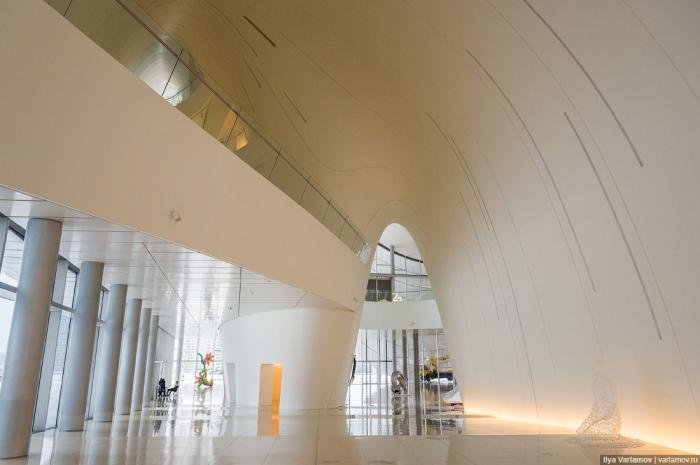 Самое красивое здание Азербайджана