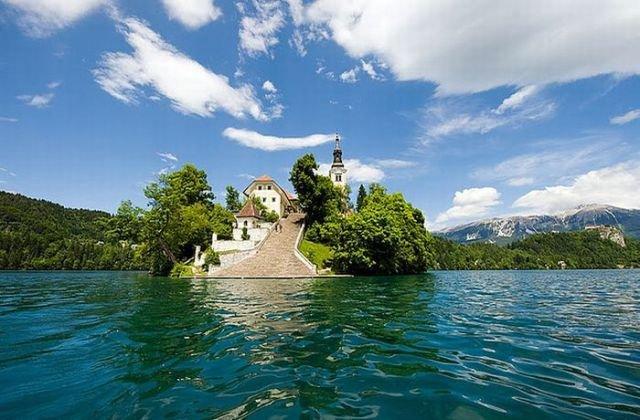 Фотографии маленького, но красивого острова