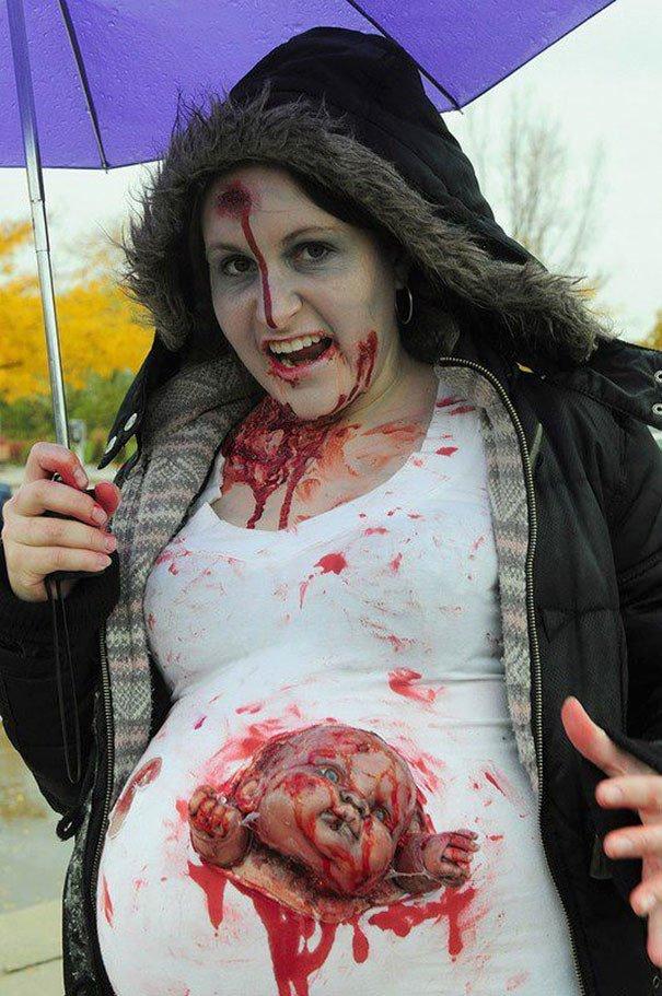 Беременные девушки на Хэллоуин. Картинка дня