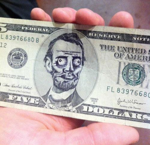 Народный креатив на разрисованных долларах