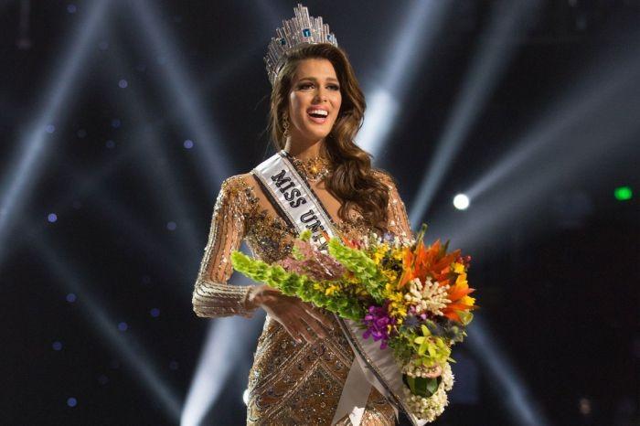 """Ирис Миттенар - победительница конкурса """"Мисс Вселенная - 2017"""""""