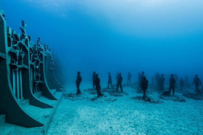 Первый в мире подводный музей скульптур