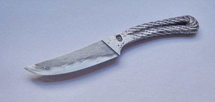 Необычные материалы из которых сделали ножи