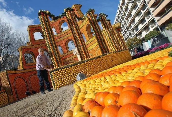 А вы видели когда-нибудь скульптуры из апельсинов?