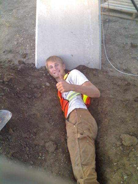 Веселые и неловкие рабочие моменты - подборка фото приколов
