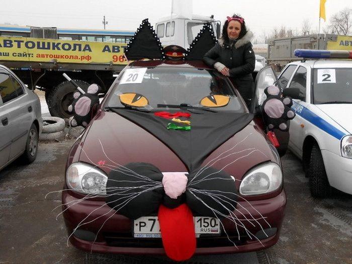 Свежая подборка автомобильных приколов