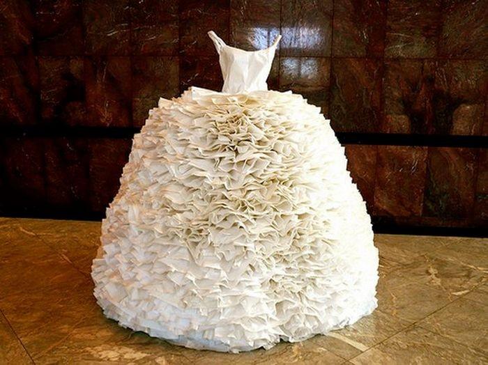 Платья из туалетной бумаги своими руками