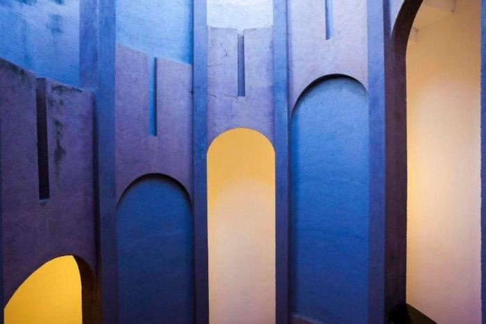 Как из цементного завода построить красивый особняк
