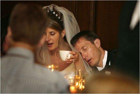 Приколы про жениха и невесту - креативное фото со свадеб