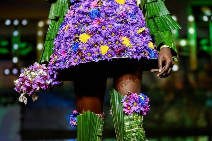 Модные наряды, сделанные из листьев растений