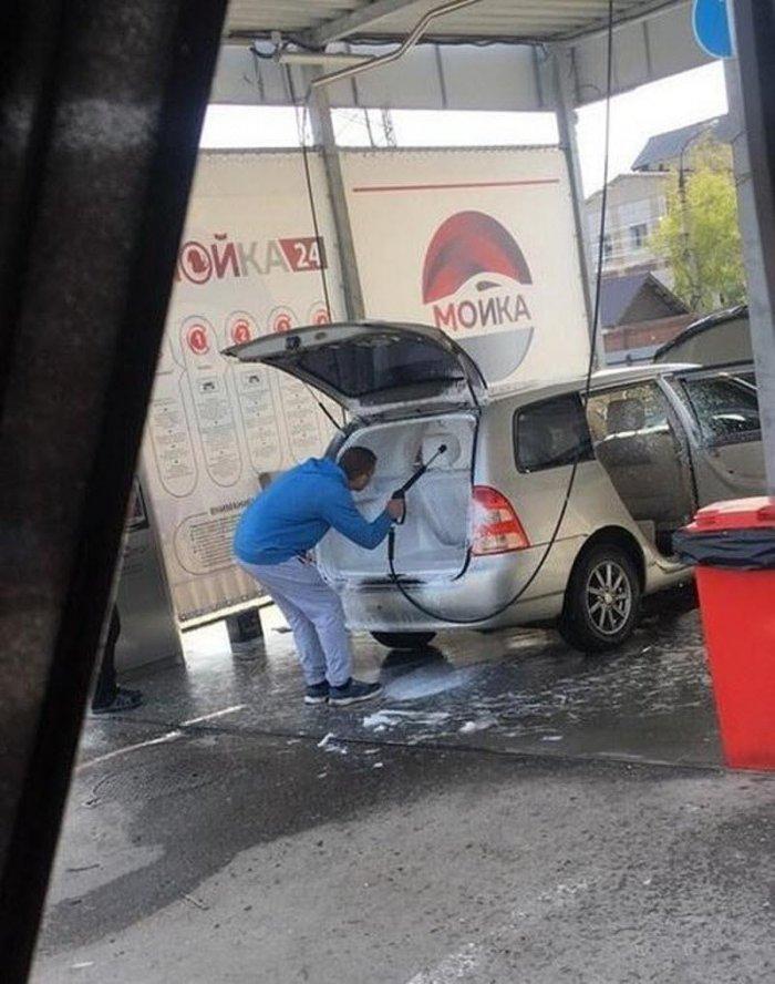 Как не надо мыть автомобиль